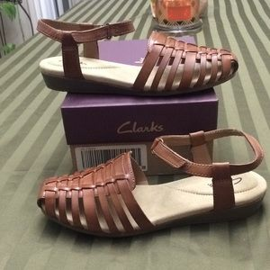 Clarks Huarache Wedge Leather Sandals size 8 tan